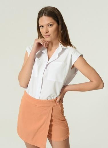 NGSTYLE NGSTYLE Kadın Kolsuz Günlük Gömlek Beyaz